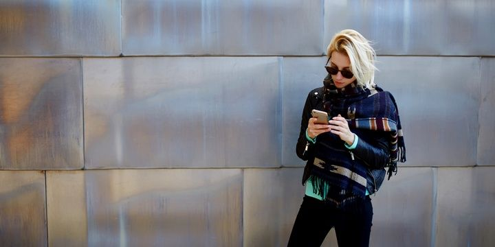 7 Warning Signs Proving That You Do not Appreciate Your Life Technologies and devices steal your time from other people
