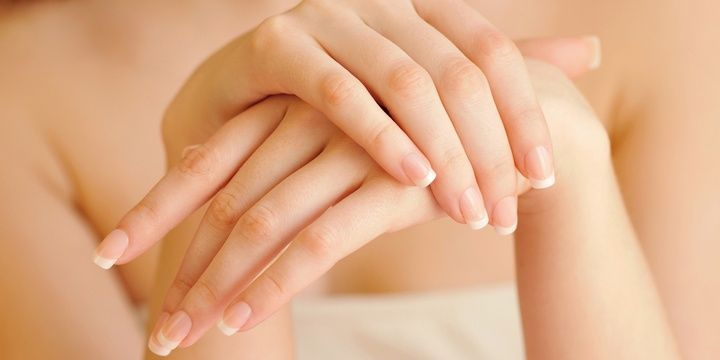 Reveal Your True Beauty with Coconut Oil Nail Strengthener