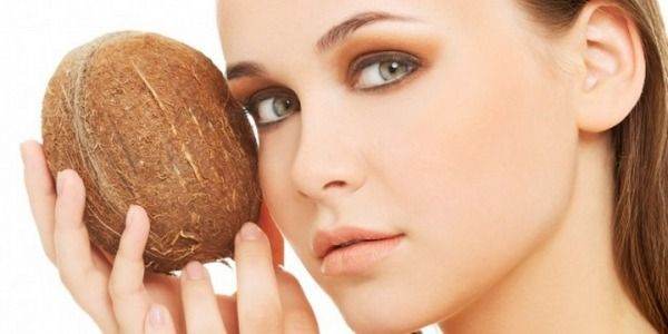 6 Reasons Why Coconut Oil is Healthy
