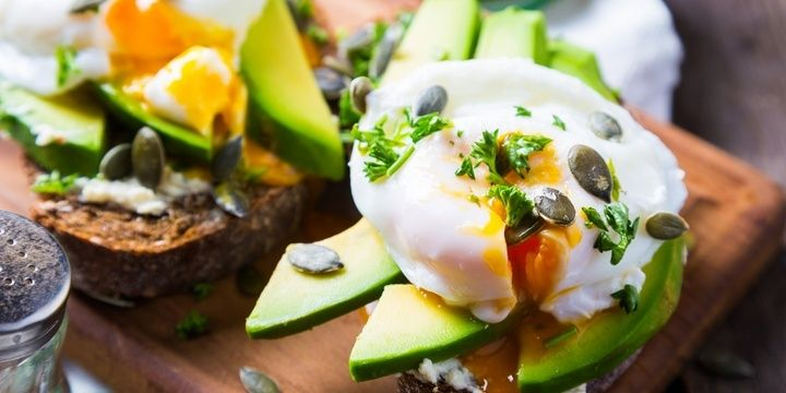 5 Foods to Keep You Satisfied and Fit Eggs