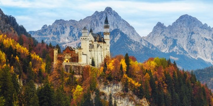 5 Perfect Travel Destinations for Autumn Bavaria Germany