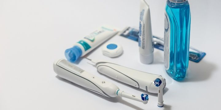 5 Reasons to Switch to an Electric Toothbrush Reduce the risk of gingivitis and gum diseases