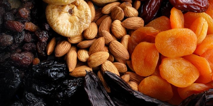 6 Foods You Might Never Suspect of Containing Gluten Dried Fruits Seeds and Nuts