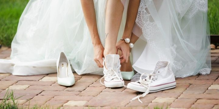 6 Things Most Brides Tend to Forget to Do A pair of back-up shoes