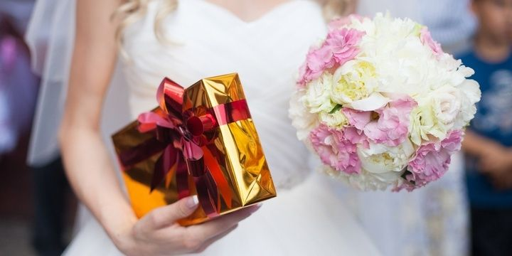 6 Things Most Brides Tend to Forget to Do Wedding gifts