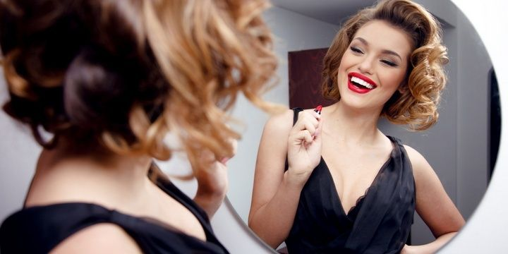 7 Bad Habits Women Have That Men Hate Getting Ready for Hours