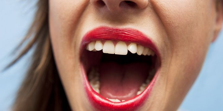 7 Symptoms of Cancer You Might Not Have Heard Of White Spots in the Mouth