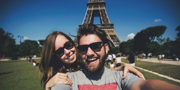 6 Reasonable Explanations Why It's Good to Date a Foreigner