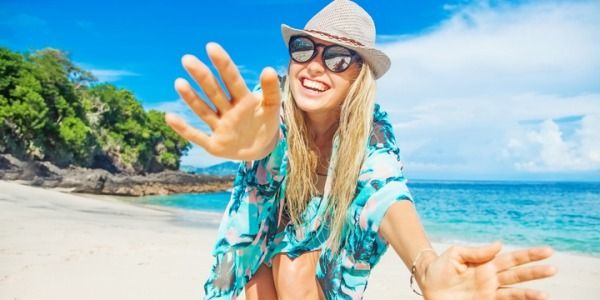 7 Reasons to Stay Unattached This Summer