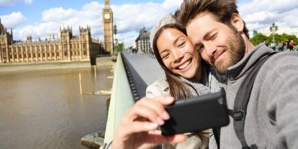 6 Reasons Why To Travel With Your Loved One