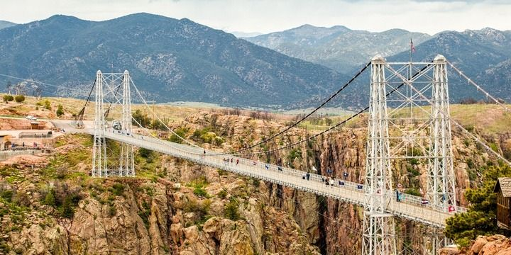 7 Most Terrifying Bridges in the World
